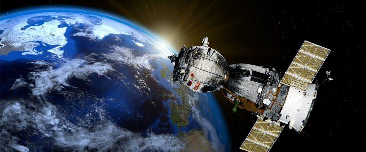ElonMuskenvoie son premier touriste dans l'espace, mais à quel prix ?